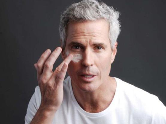 男士眼霜的正确使用方法_男士眼霜品牌推荐